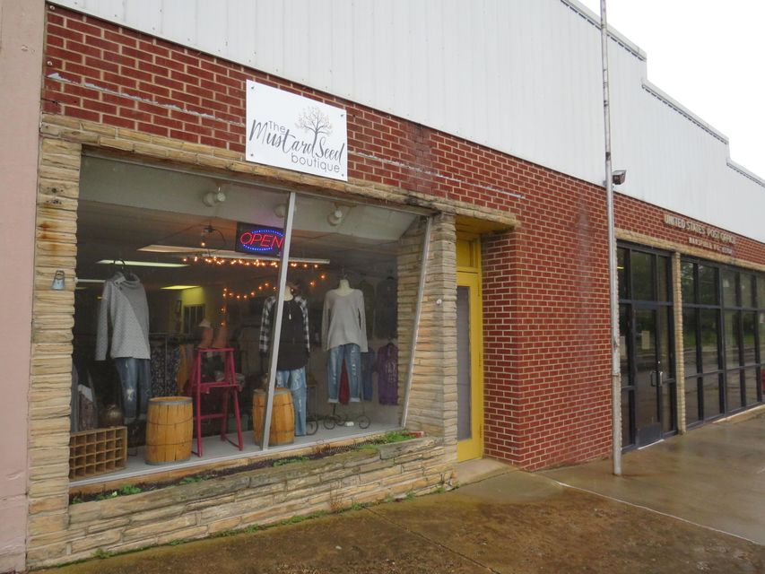 Commercial for sale – 306 East Commercial   Mansfield, MO