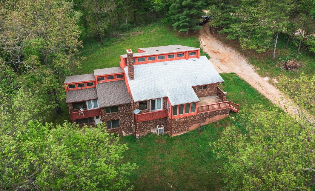 Farm for sale – 9175  Roubidoux Rd   Bucyrus, MO
