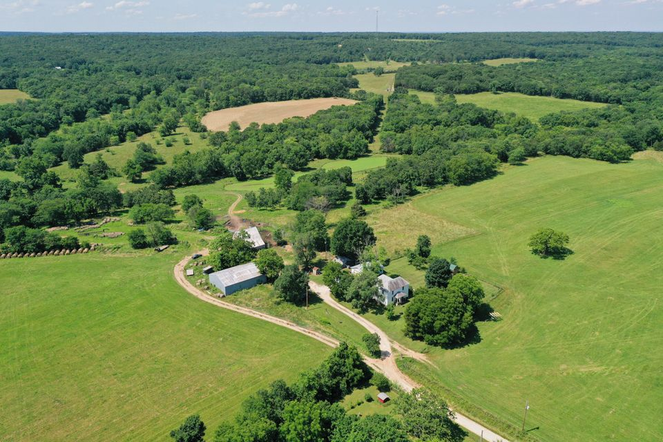 Farm for sale – 3691 South 47th   Humansville, MO