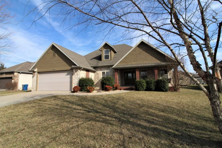 5518 North 10th Avenue, Ozark, MO 65721
