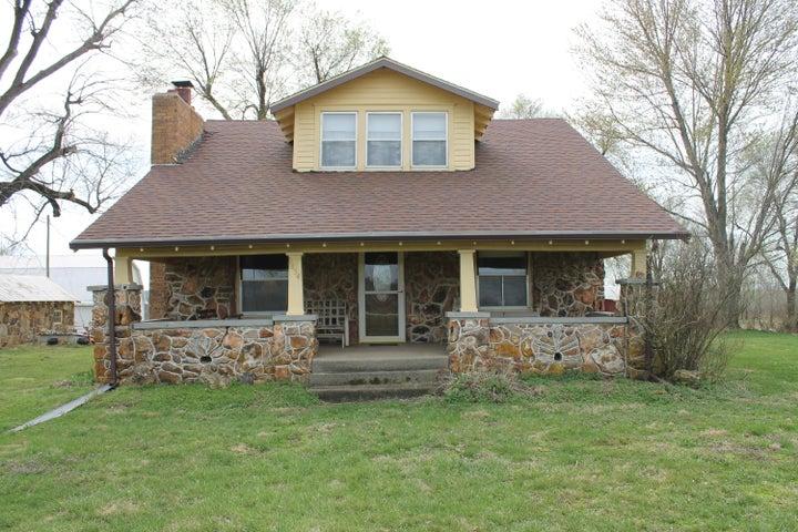 9854 West Farm Rd 60, Walnut Grove, MO 65770