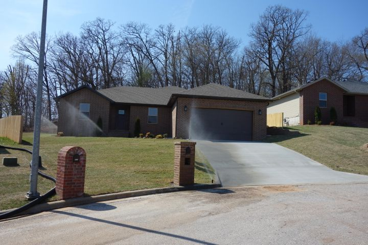841 Gold Rush Avenue, Nixa, MO 65714