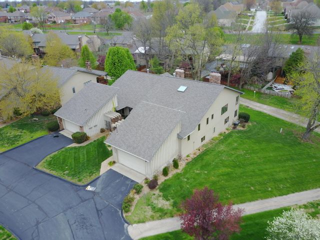 3543 East Cinnamon Place, Springfield, MO 65809
