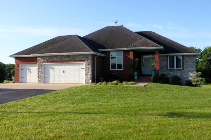 3883 South Deerwoods Lane, Republic, MO 65738