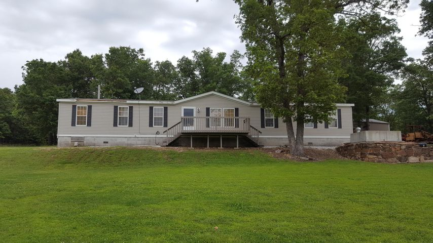 622 County Rd 189, Everton, MO 65646