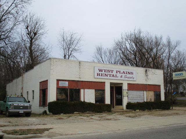 113 East 3rd Street, West Plains, MO 65775