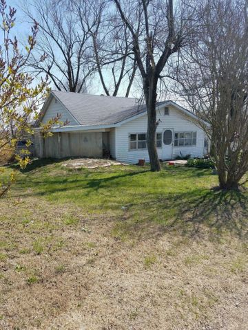 846 West Commercial Street, Mansfield, MO 65704