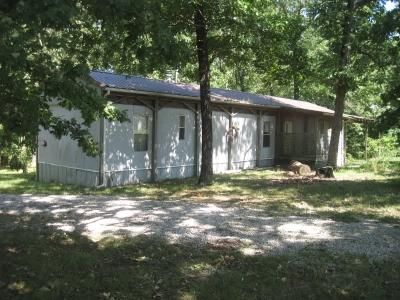 21498-County-Road-124-Wheatland-MO-65779