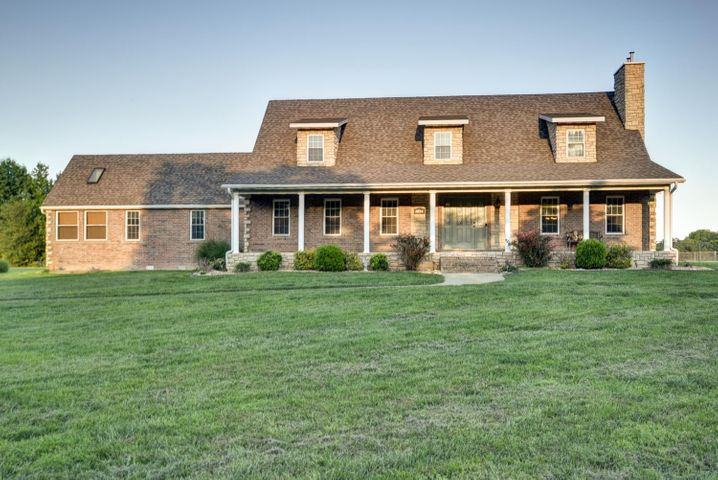 1004 Glade Road, Rogersville, MO 65742