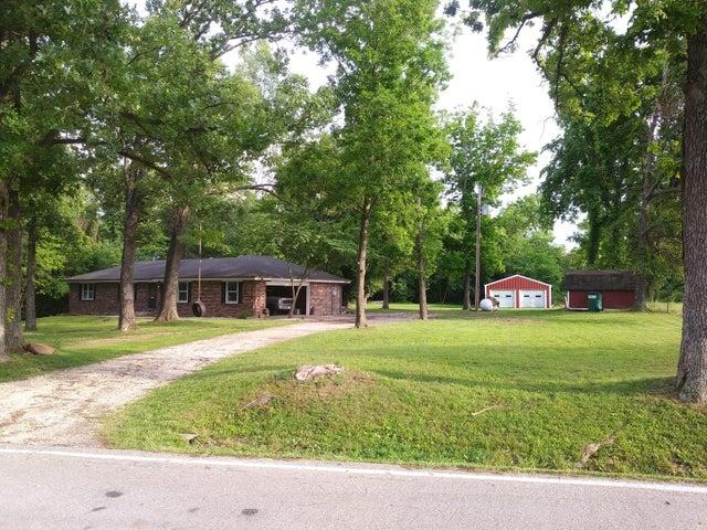 9946 West Farm Rd 4, Walnut Grove, MO 65770