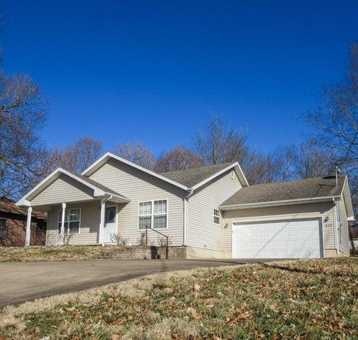 410 North Gordon Avenue, Ash Grove, MO 65604