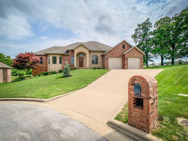 3405 North Prince Lane, Springfield, MO 65803