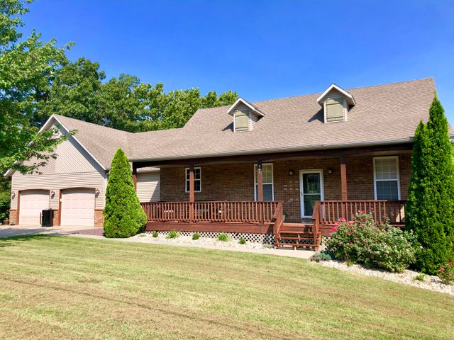 845 Turtle Creek Court, Marshfield, MO 65706