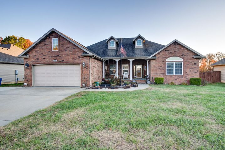 116 East Sally Lane, Strafford, MO 65757