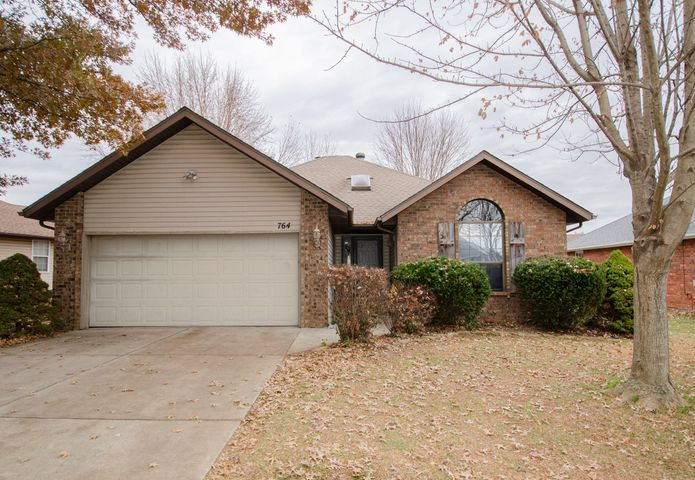 764 South Troy Avenue, Springfield, MO 65802