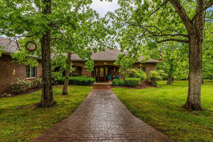 1369 Stormy Point Road, Branson, MO 65616