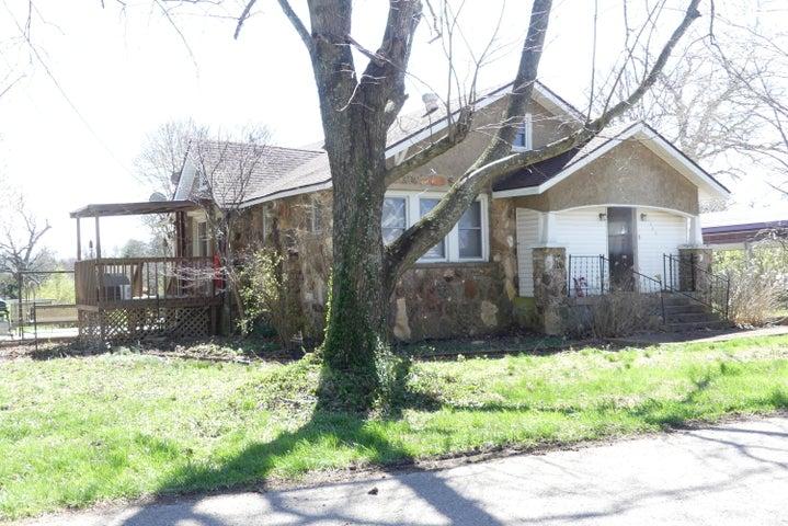 140 Junction Street, Raymondville, MO 65555