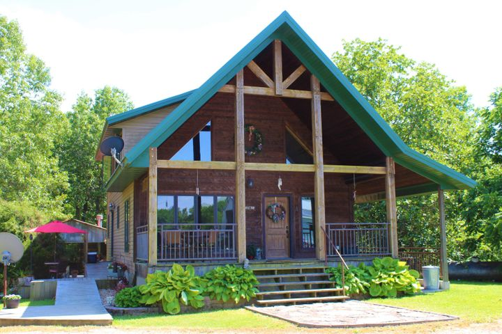 Country Home and Hobby Farm with Recreational Acreage