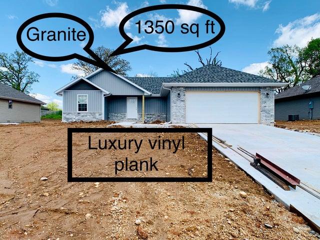 101 East Seminole Street, Strafford, MO 65757