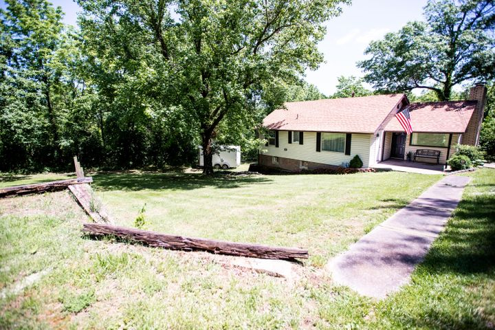 3360 North Farm Road 143, Springfield, MO 65803