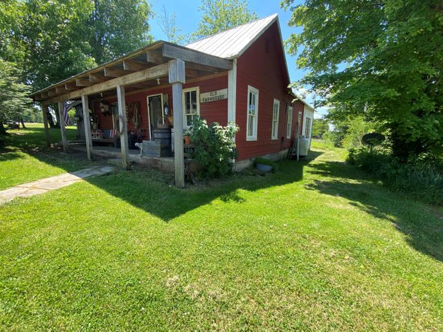 20694 Evans Road, Yukon, MO 65589
