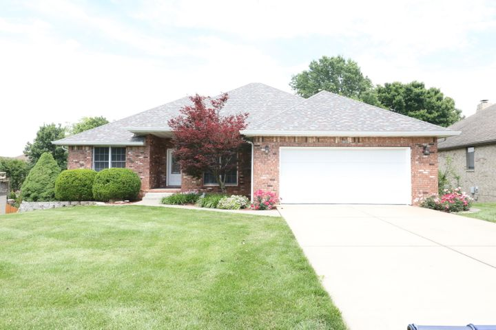 4644 South West Avenue, Springfield, MO 65810