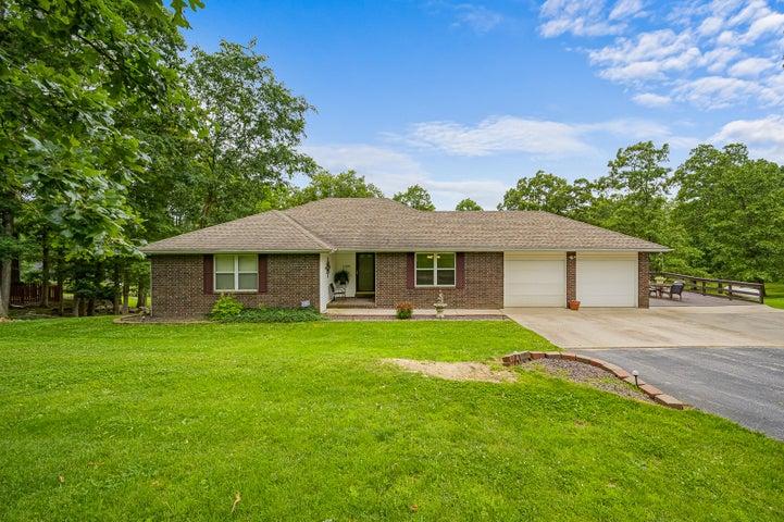 1729 Hawthorn Drive, Marshfield, MO 65706