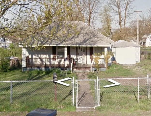 2159 North Taylor Avenue, Springfield, MO 65803