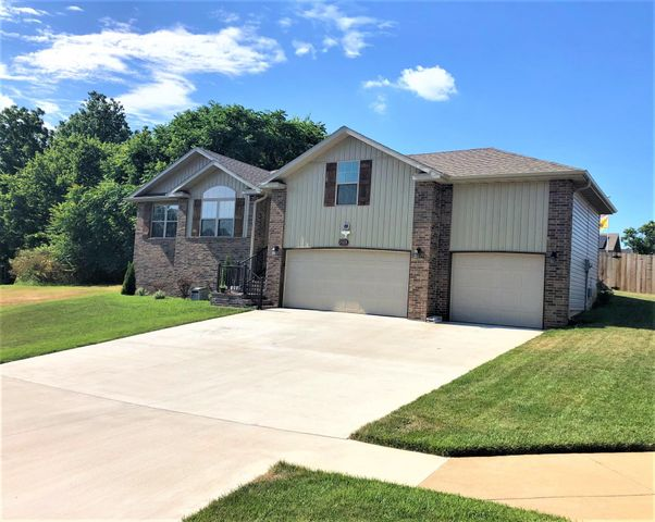 2103 West Hill Street, Springfield, MO 65803