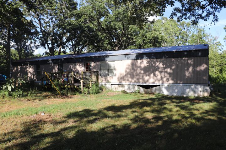 2555 Farmland Road, Marshfield, MO 65706