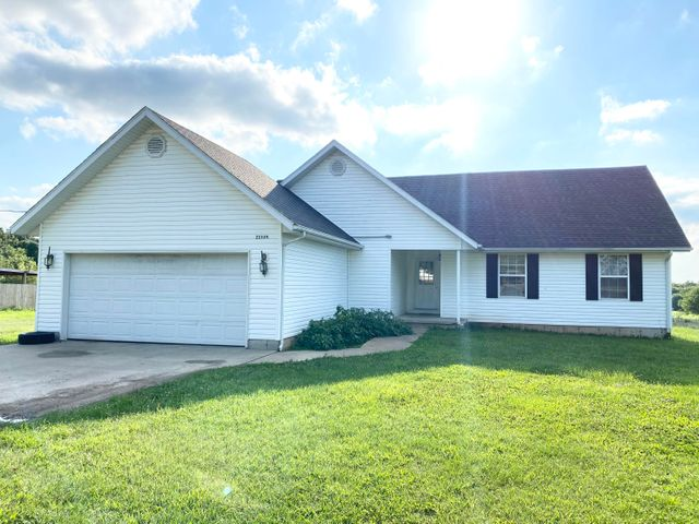 22339 Lawrence 1100, Monett, MO 65708