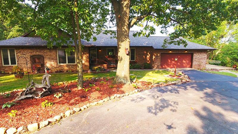 520 North High Street, Marshfield, MO 65706