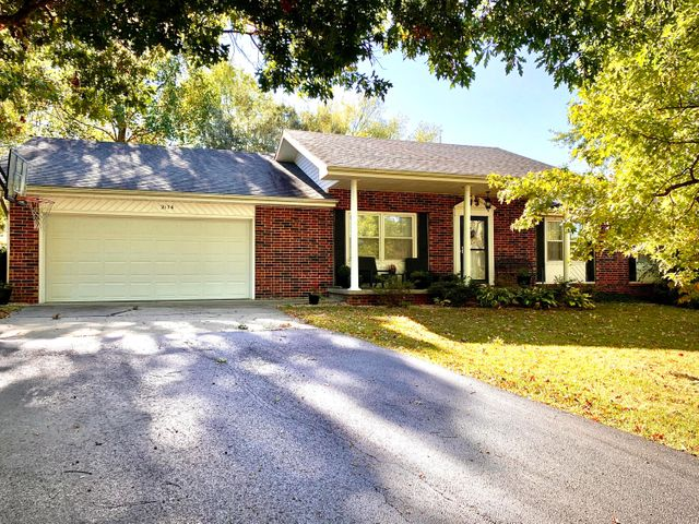 2174 South Hillside Drive, Springfield, MO 65809