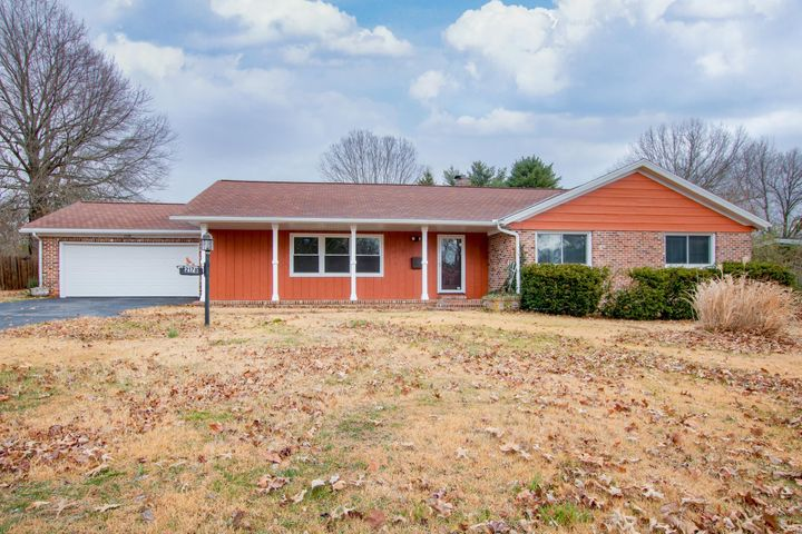 2178 South Catalina Avenue, Springfield, MO 65804