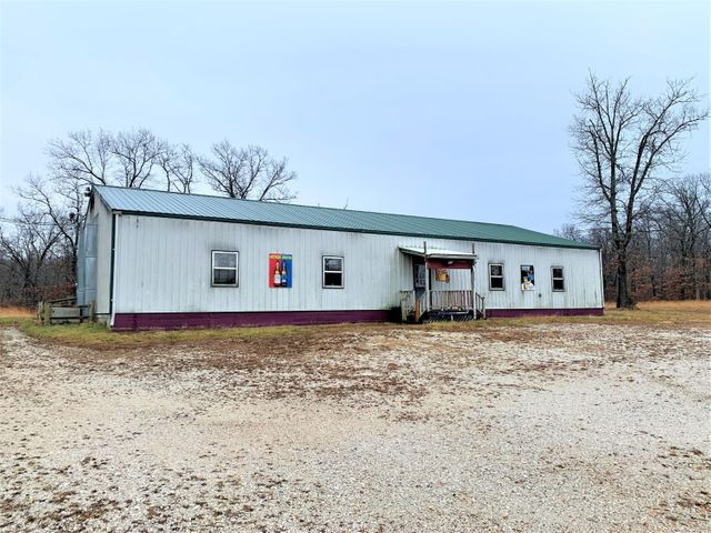 Commercial for sale – 3110 South 33rd   Bolivar, MO