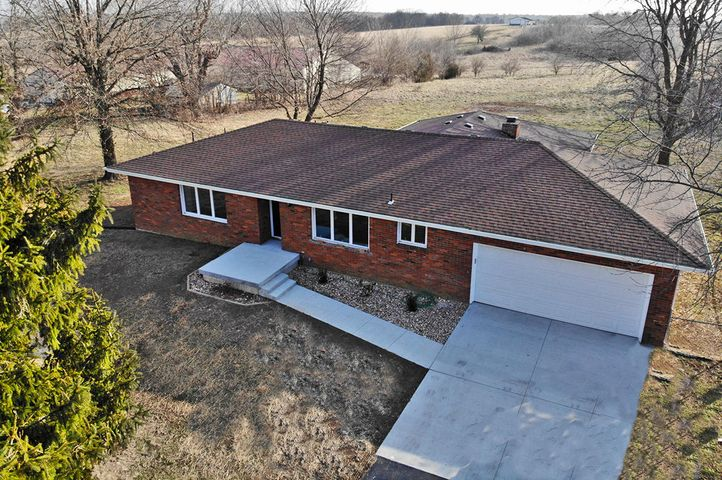 5394 West Republic Road, Brookline, MO 65619