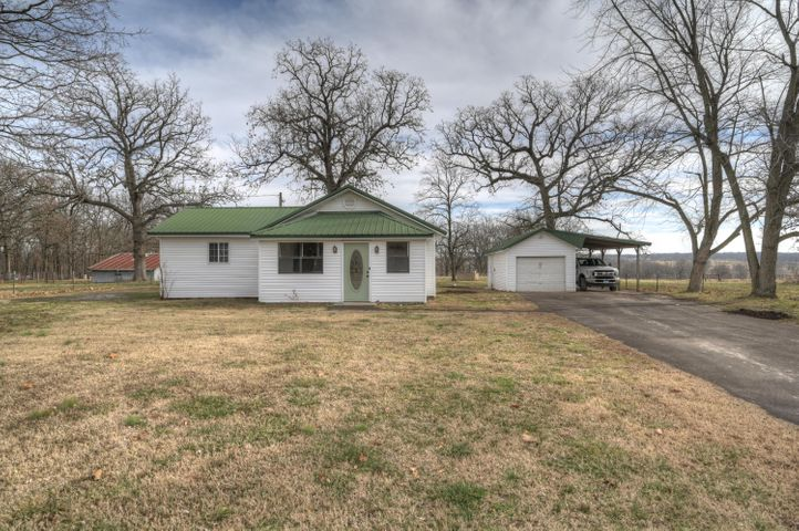 5464 County Road 40, Reeds, MO 64859