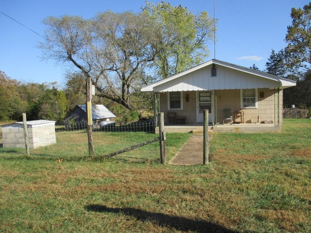 5695 State Hwy 181, Gainesville, MO 65655