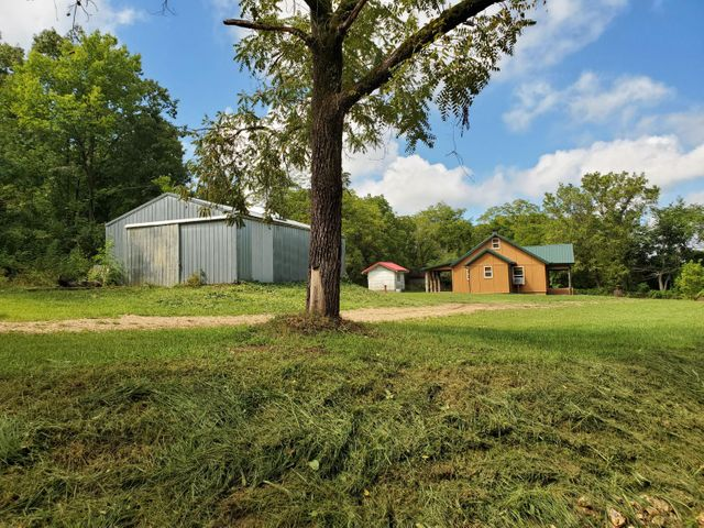 3233 County Road 855, Thornfield, MO 65762