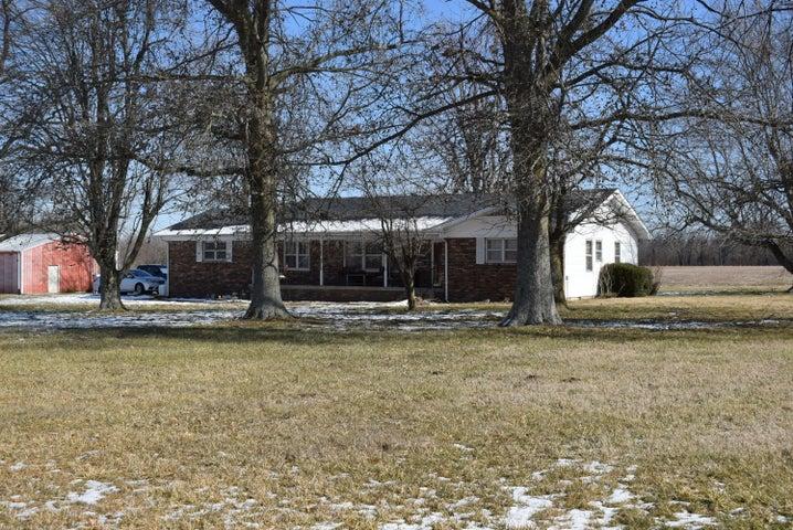 9206 State Highway C, Marshfield, MO 65706