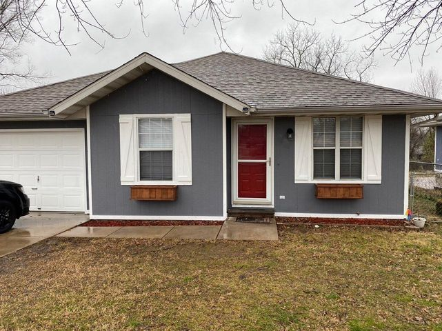 1055 South Glenn Avenue, Springfield, MO 65802
