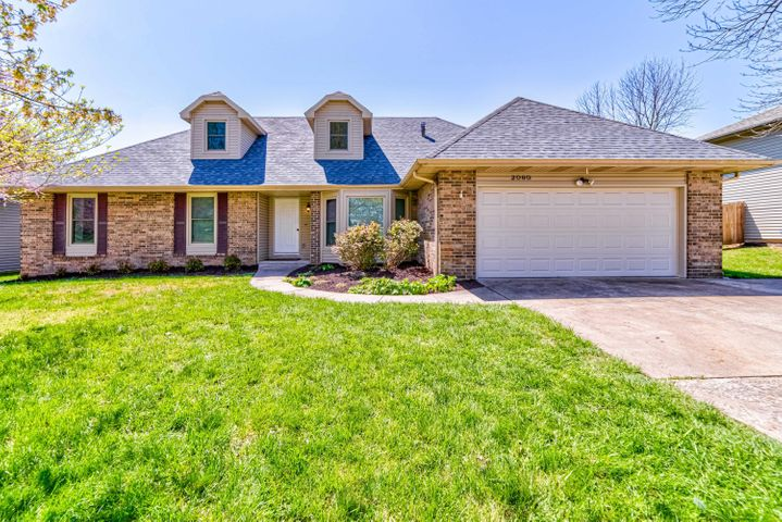 2060 East Swallow Street, Springfield, MO 65804