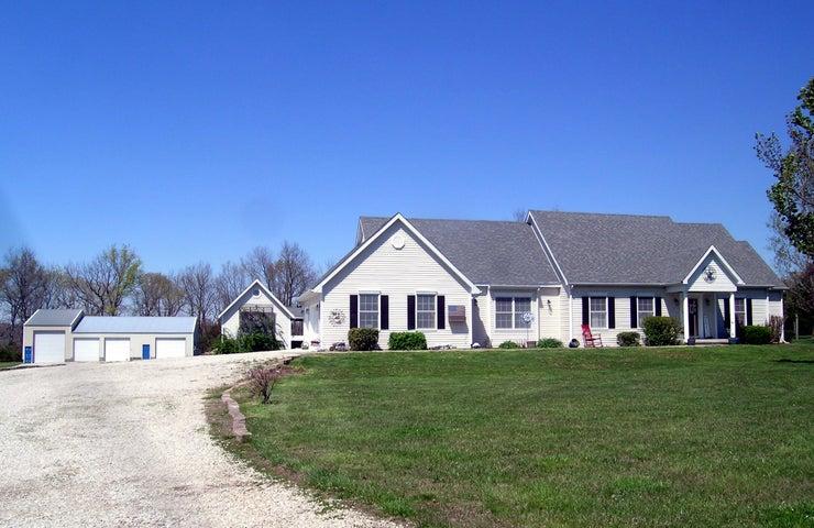 188 Munson Hill Drive, Marshfield, MO 65706