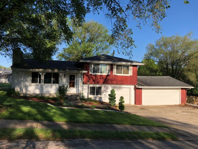 3165 South Parkview Avenue, Springfield, MO 65804