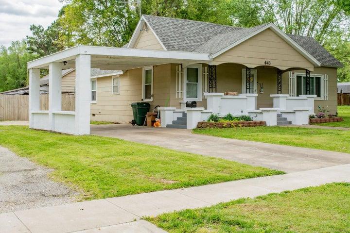 443 West Dunn, Monett, MO 65708