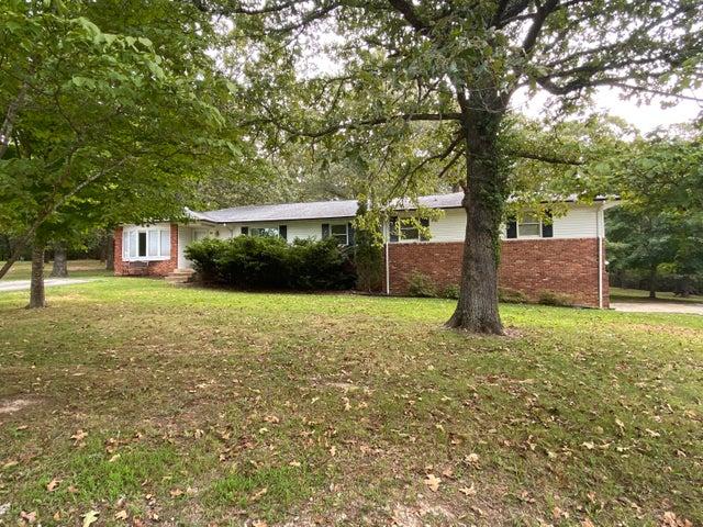 410 County Road 393, Thayer, MO 65791