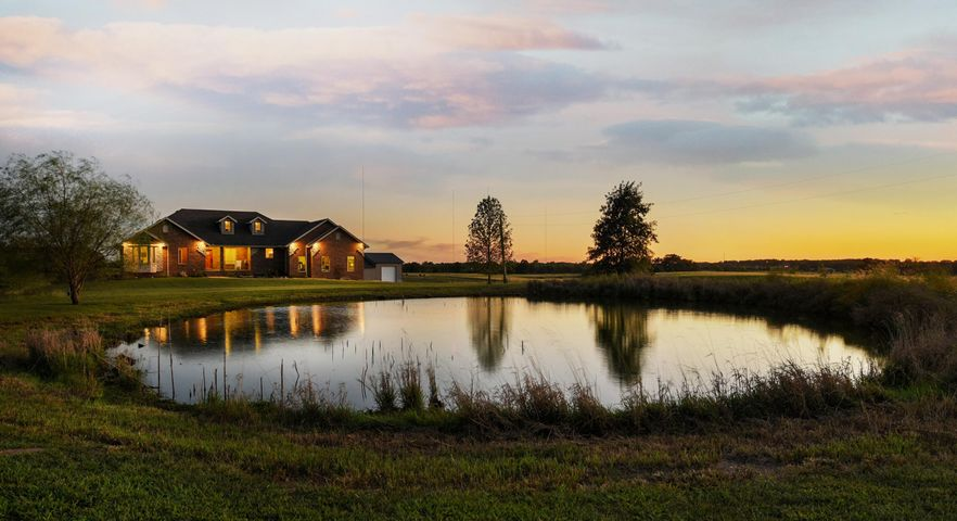 950 Meadowlark Road, Ozark, MO 65721