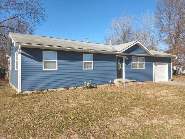 1103 Aurthur Aull Road, Lamar, MO 64759
