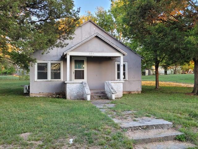 805 South Main Street, Granby, MO 64844