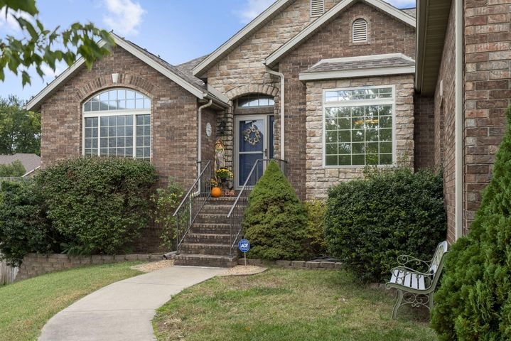 2133 West Melbourne Court, Springfield, MO 65810